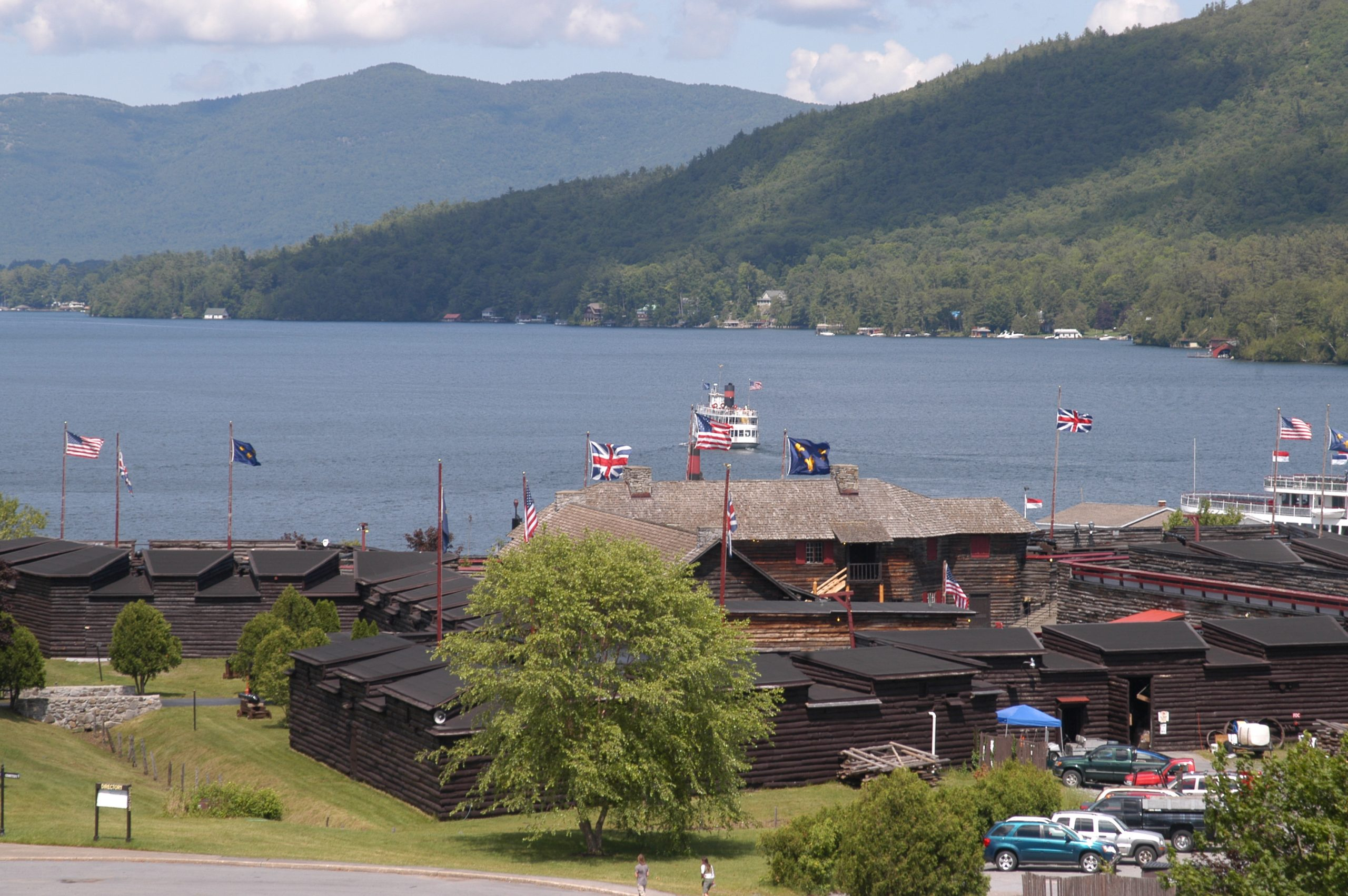 Fort William Henry Museum with Lake View