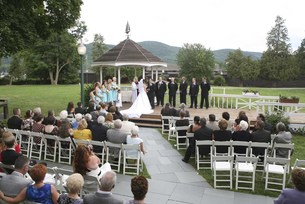 Gazebo Wedding at Fort William Henry Hotel
